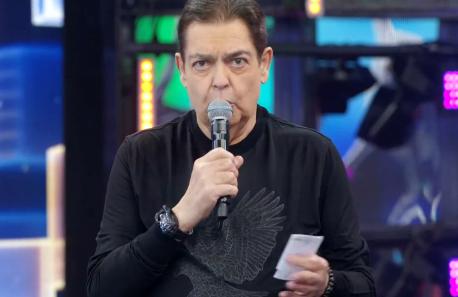 Globo reprovou anúncio de Fausto Silva na Band antes do fim do contrato