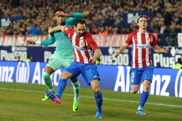 """Juanfran lembra duelos entre Barcelona e Atlético e diz: """"Neymar era insuportável"""""""