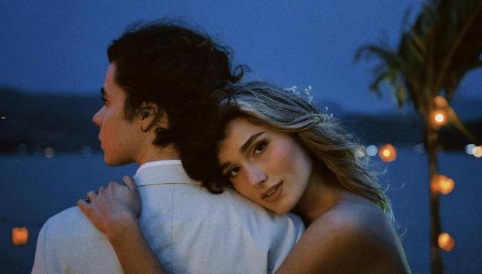 João Figueiredo posta registro de seu casamento com Sasha Meneghel e modelo se declara: ''Maridão''
