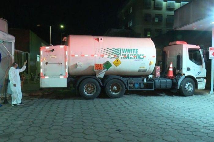 Caminhão com oxigênio chega a Patos antes do horário previsto e Complexo já está com o pleno reabastecimento do insumo