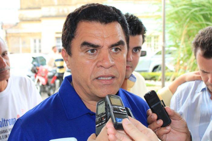 Deputado Wilson Santiago é afastado do comando do PTB na Paraíba