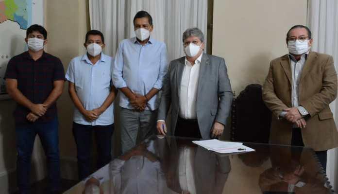 MOÍDOS DA REDAÇÃO: Mais um prefeito do PSD anuncia apoio à reeleição de João Azevêdo e se filia ao Cidadania