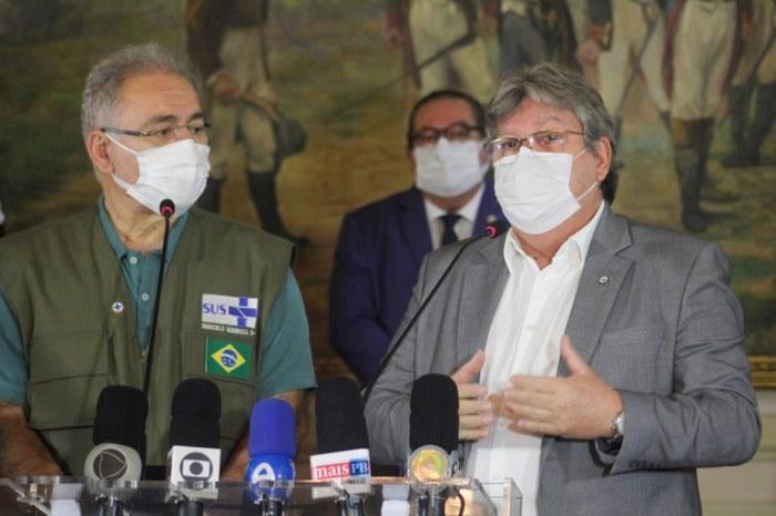 João Azevêdo apresenta dois projetos em reunião com o ministro da Saúde