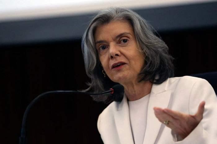 Ministra do STF: uso de drogas 'é questão de saúde, não de polícia'