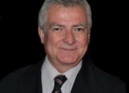 Jornalista Fred Menezes compõe chapa que vai disputar a presidência da API