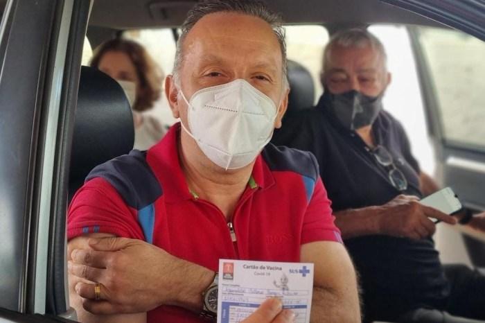 Deputado Aguinaldo Ribeiro recebe primeira dose da vacina contra a covid-19