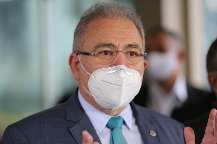 Queiroga não dá previsão para chegada de doses da Janssen ao Brasil: 'Só quando embarcarem dos EUA'