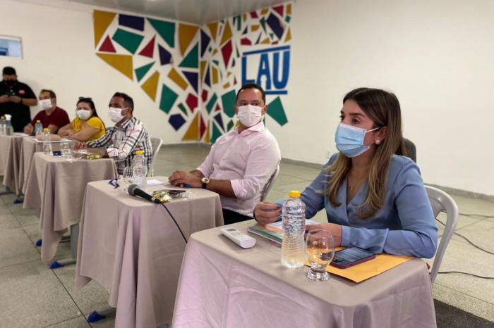 Anna Lorena recepciona Consórcio Intermunicipal de Saúde do Cariri em reunião com prefeitos da região