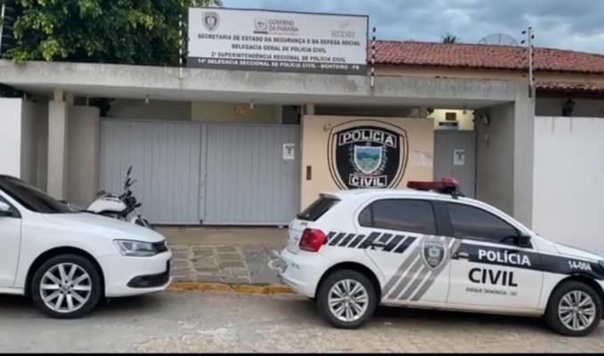 Jovem é preso, após pular muro de diversas residências em Monteiro