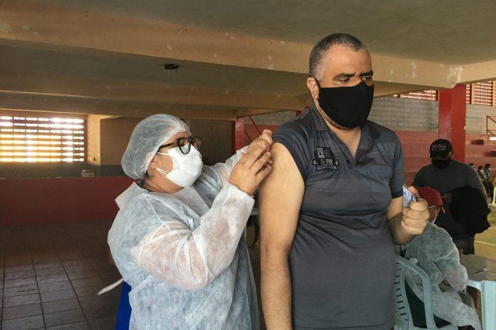 Sumé vacina pessoas com 53 anos sem comorbidades nesta terça-feira (06)
