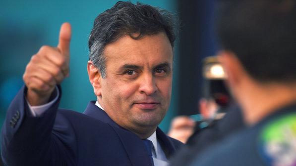 Aécio diz que o PSDB tem que tomar cuidado para não acabar em 2022