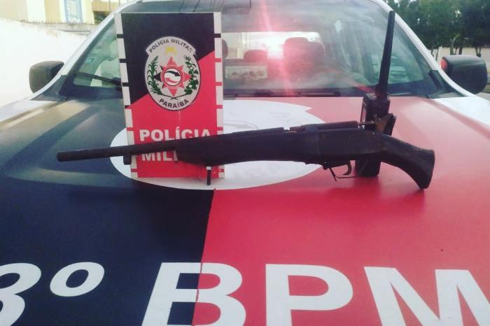 Polícia Militar apreende arma de fogo na cidade de Taperoá