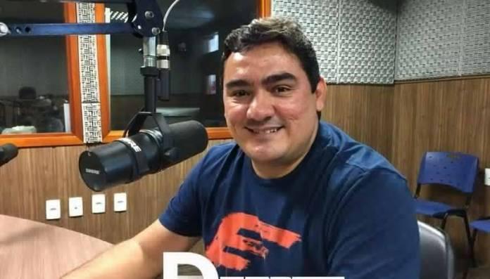 Prefeito tucano ignora Romero Rodrigues e declara voto em João Azevêdo