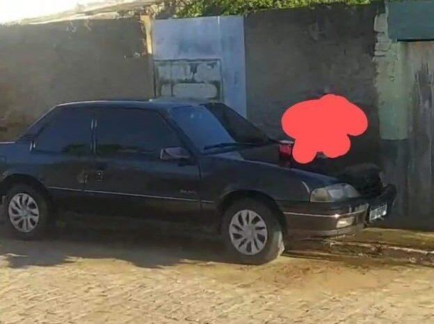 Veículo é roubado no centro da cidade de Monteiro na madrugada deste sábado
