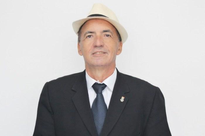 Morre em JP professor e jornalista Rogério Moreira