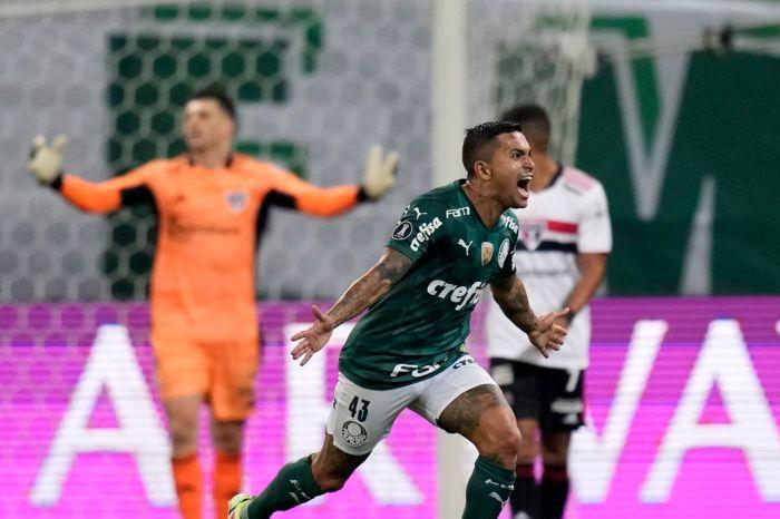 Palmeiras vence São Paulo e está na semifinal da Libertadores