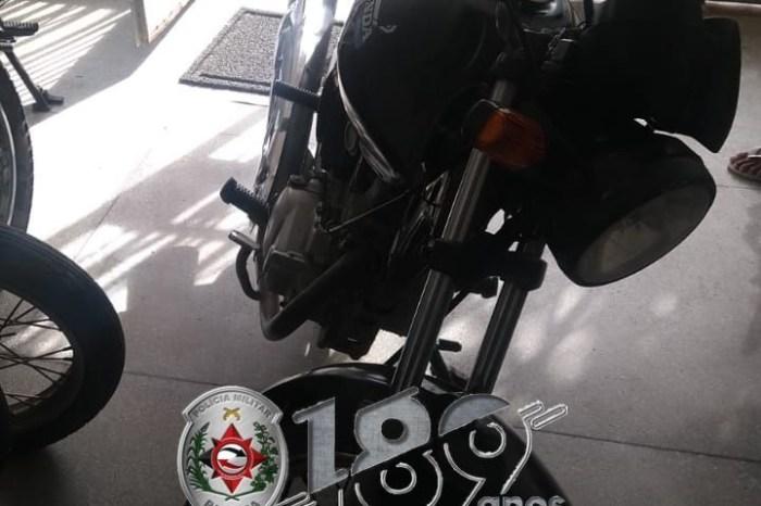 Polícia Militar recupera veículo com restrição de roubo/furto em cidade do Cariri