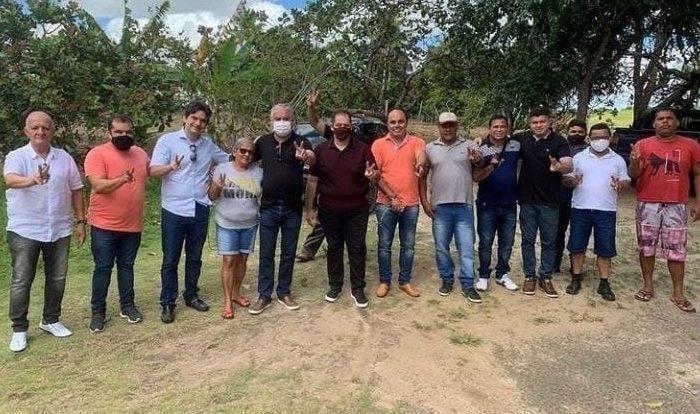 Murilo Galdino cumpre agenda política no Litoral Sul ao lado do deputado Branco Mendes
