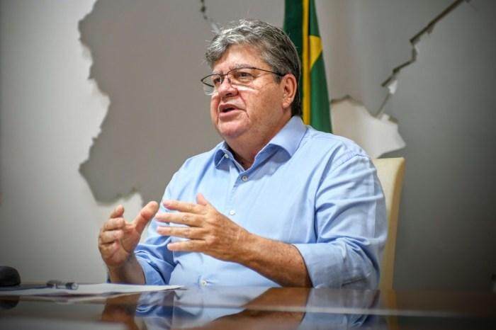 João diz que Estado não precisa se precipitar ao liberar público em estádios e cita variante