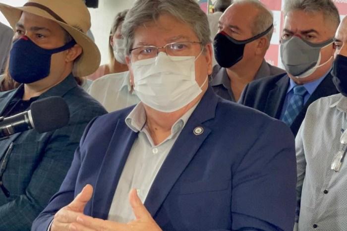 """MOÍDOS DA REDAÇÃO: João Azevêdo diz que não tem chapa definida e quem não apoiar sua reeleição """"deixe o governo"""""""