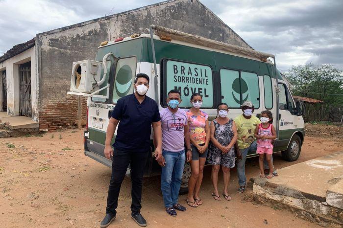 """MONTEIRO: Programa """"Mais Sorrisos no Campo"""" chega à comunidade do Sítio Xique Xique"""