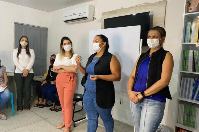 Prefeita Anna Lorena participa da abertura da programação do Mês da Juventude