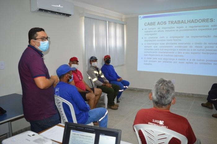 Sumé oferece treinamento para colaboradores da gestão que trabalham em locais altos
