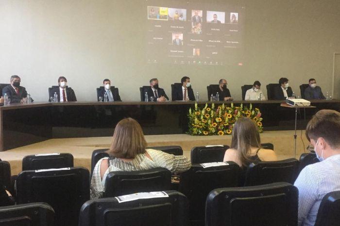 Aloysio Carneiro é empossado como presidente do SINDSEMP-PB
