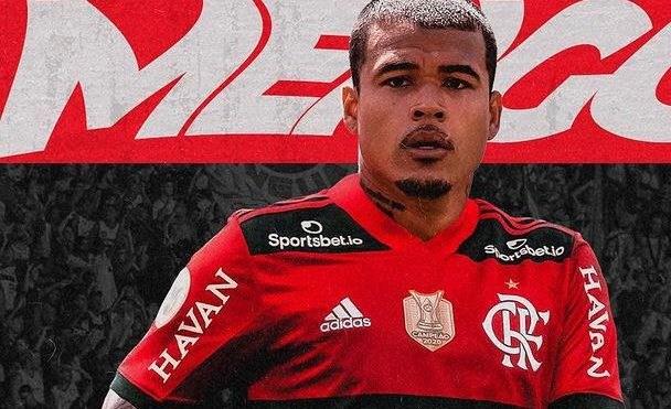 Flamengo anuncia Kenedy para compor elenco