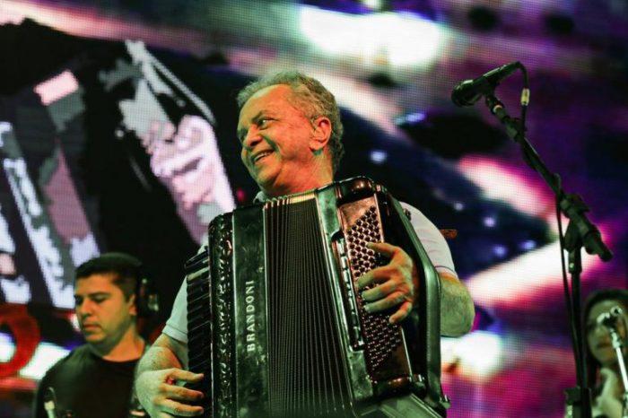 Flávio José faz 71 anos, relembra carreira e fala sobre retorno de shows; 'não vamos nos avexar'