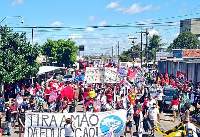Manifestantes anunciam protesto contra o governo Bolsonaro para este domingo em Monteiro