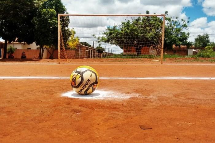 Monteiro: Secretarias de Esporte e Agricultura iniciam recuperação de mais de 50 campos de futebol