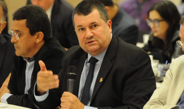 Famup discute estratégias e ações do movimento municipalista no Congresso Nacional