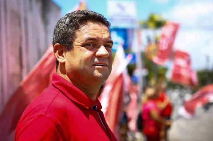 Charliton Machado oficializa pré-candidatura ao Senado Federal pelo PT na Paraíba