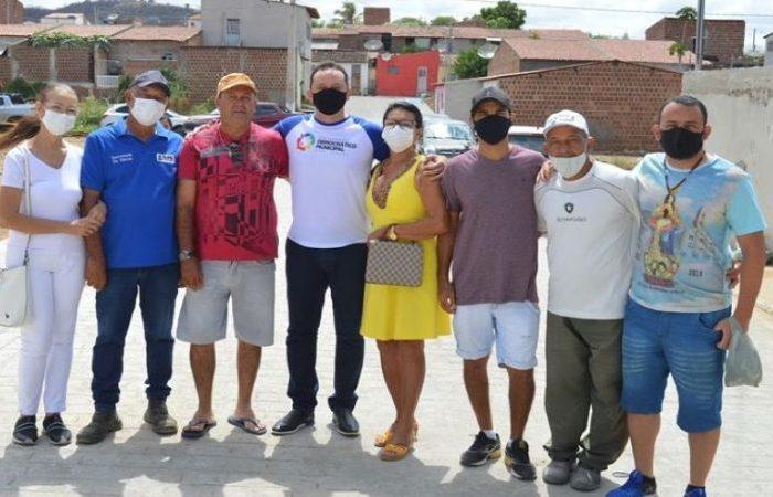Sumé: mais uma obra de calçamento é entregue pela gestão Éden Duarte