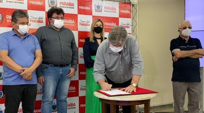 Governo do Estado publica Lei que estabelece passaporte vacinal na Paraíba