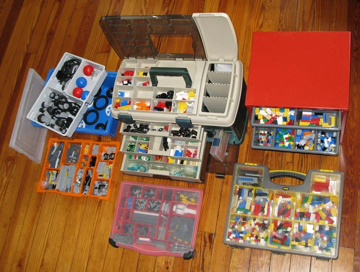 Here are some of the containers I use to store Legos.*