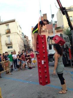 El joc més complicat era la construcció d'una torre de caixes //Laura Herrero