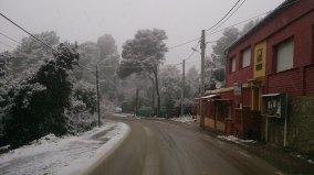Tranquilitat als barris de muntanya tot i les nevades // Elisenda Colell
