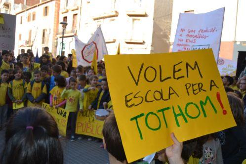 Imatges de la manifestació de la Marea Groga // Elisenda Colell