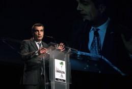 L'alcalde, Joan Ramon Casals, durant el seu discurs // Jose Polo