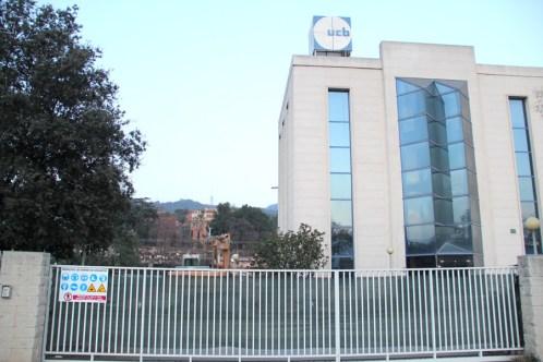 Les obres es fan on hi havia UCB Pharma. Can Capellans al fons // Jordi Julià