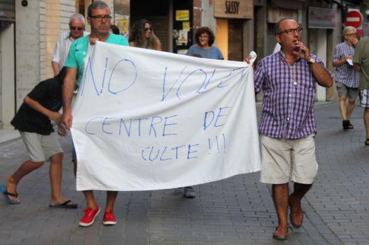 """""""No volem centre de culte"""" era el lema // Jordi Julià"""