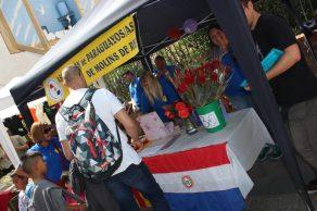 Estand de l'Associació de Paraguaians de Molins de Rei // Jose Polo