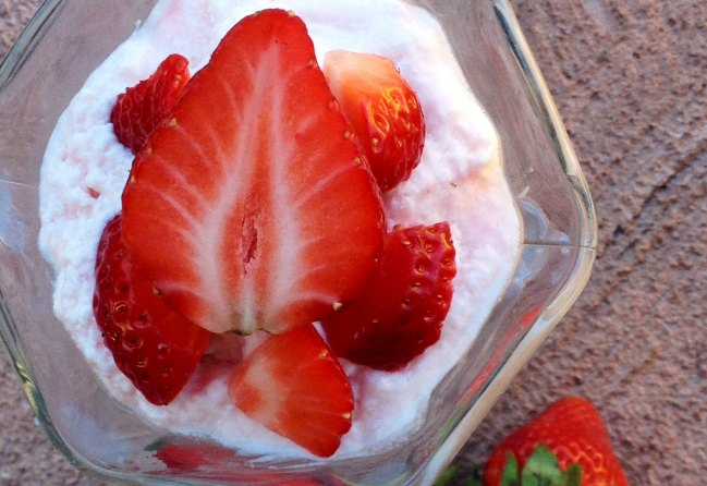 3 Whipped greek yogurt dessert recipes
