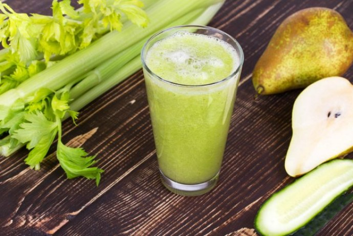 Juicing tips and recipes to stave off hot flashes