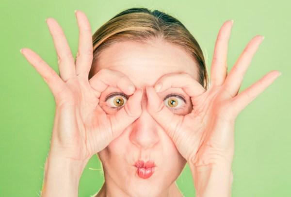 Las ojeras pueden empeorar durante la menopausia. Te damos nueve sencillos tips para ayudarte a reducir su aparición e iluminar tu mirada.