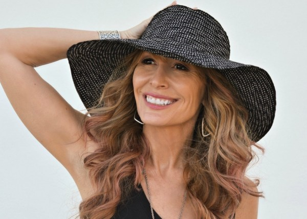 The stylish hat that blocks most ultraviolet rays