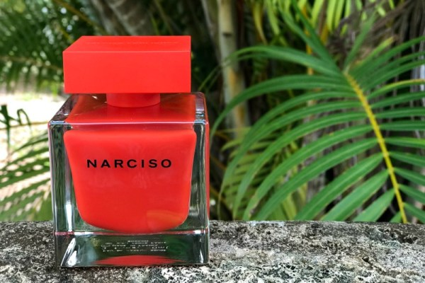 Is it a good idea to gift a new fragrance?