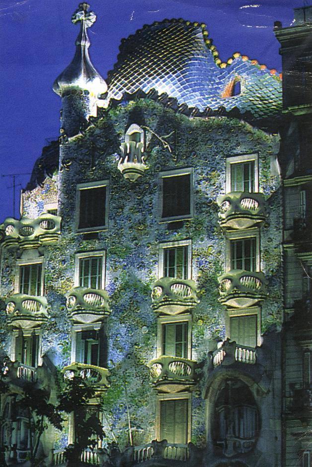 Casa Batll  opera dellarchitetto Antoni Gaud
